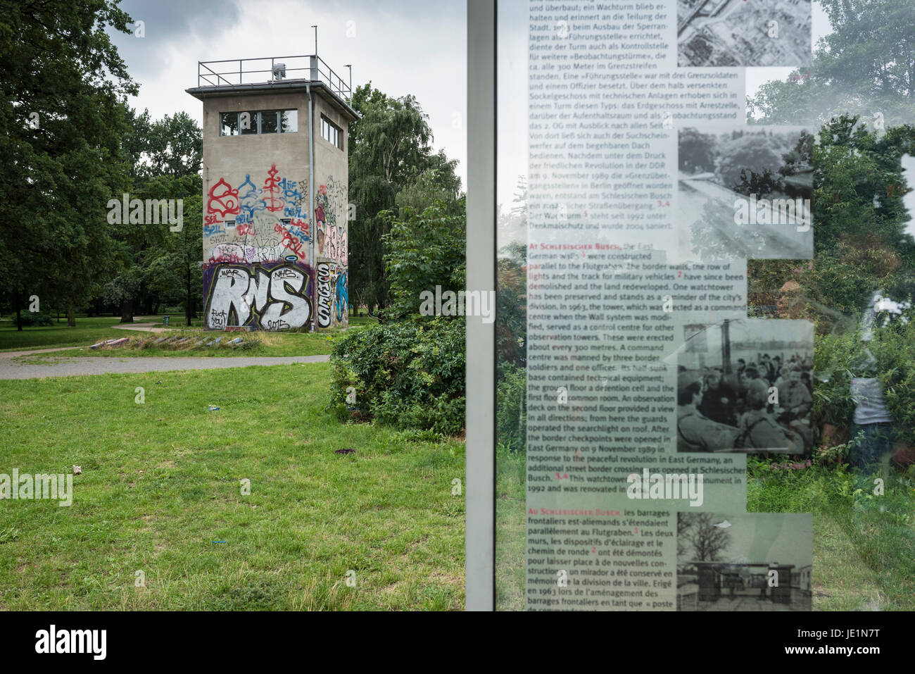 "Berlin. Germany. Watchtower of the former Schlesischer Busch command post.  Type: Führungsstelle ""FüSt"" - Stock Image"