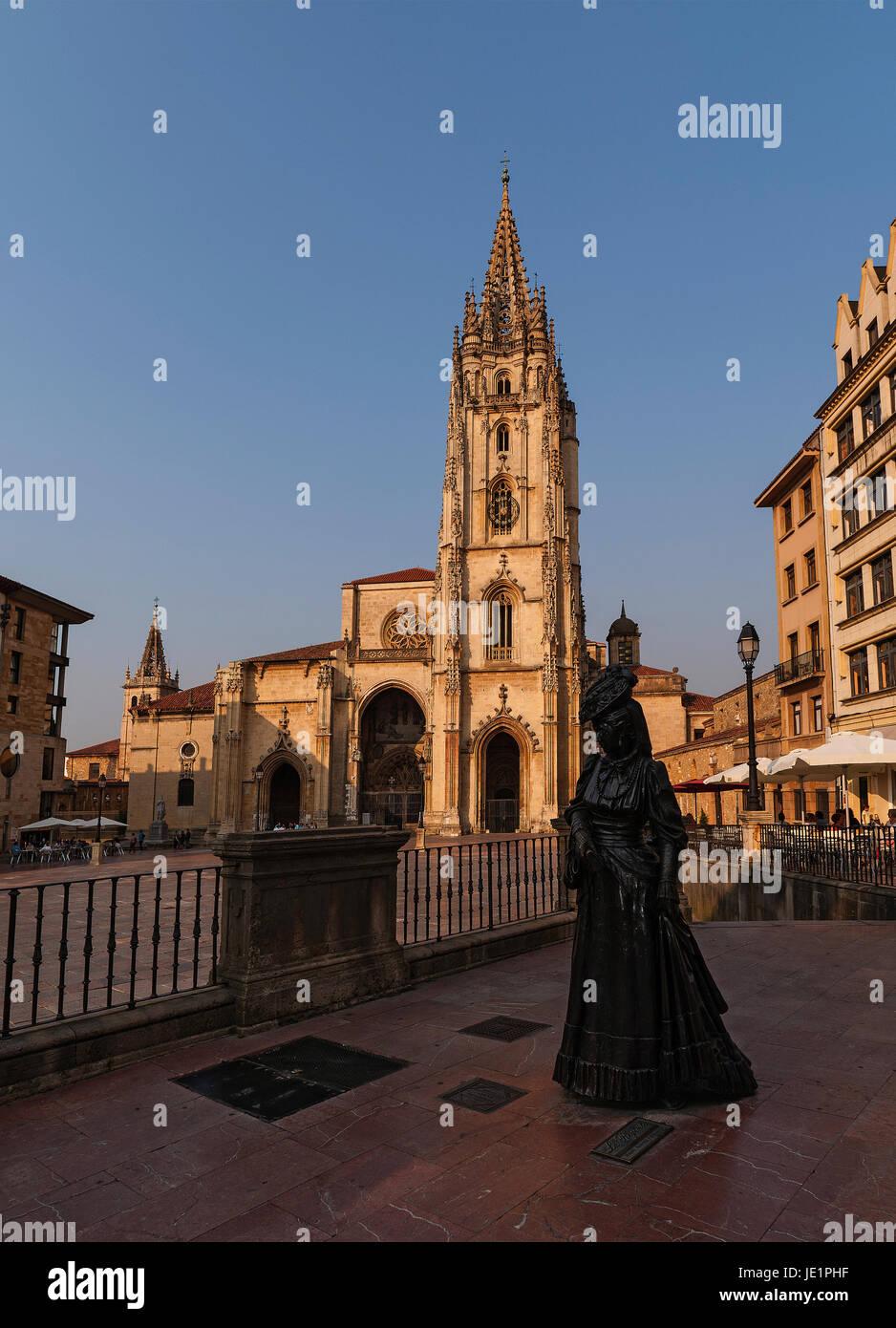 Oviedo Asturias catedral - Stock Image