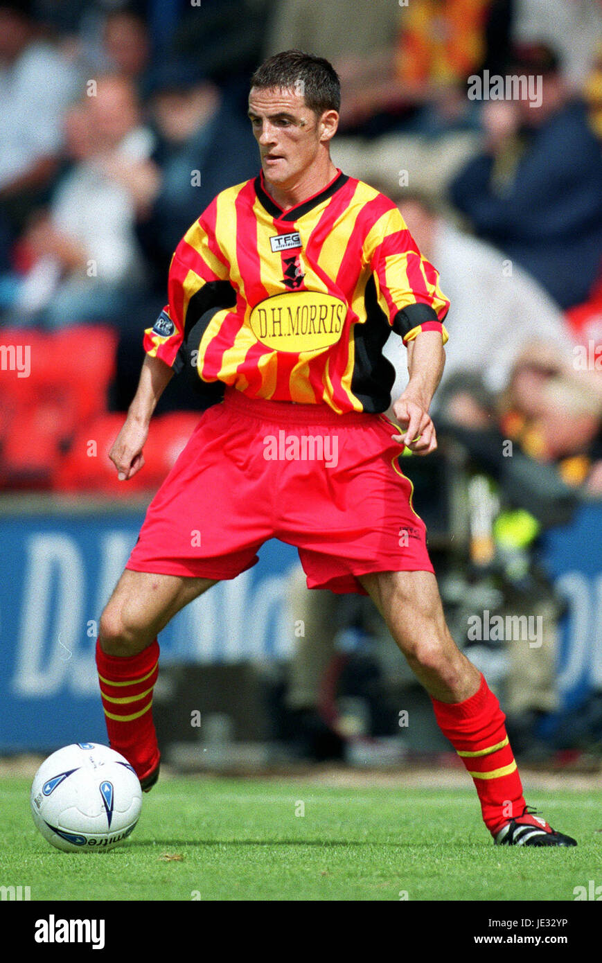 ANDY GIBSON PARTICK THISTLE FC FIRHILL STADIUM GLASGOW SCOTLAND 24 August 2002 - Stock Image