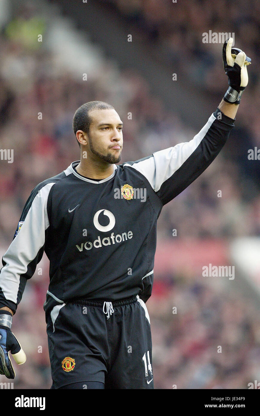 TIM HOWARD MANCHESTER UNITED FC OLD TRAFFORD MANCHESTER ENGLAND 13 December  2003 Stock Photo - Alamy