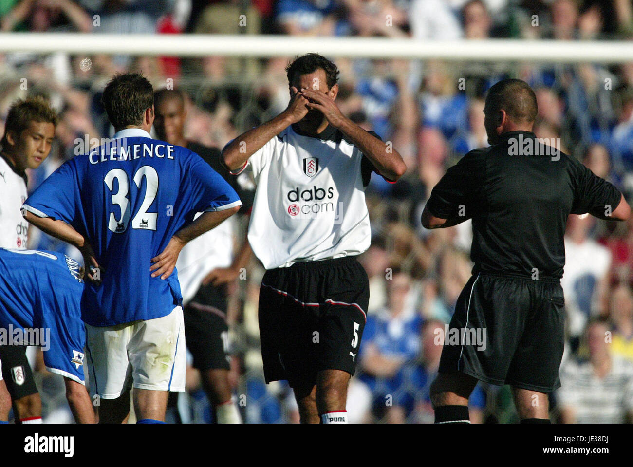 SYLVAIN LEGWINSKI IS SENT OFF FULHAM FC ST ANDREWS BIRMINGHAM ENGLAND 14 September 2003 - Stock Image