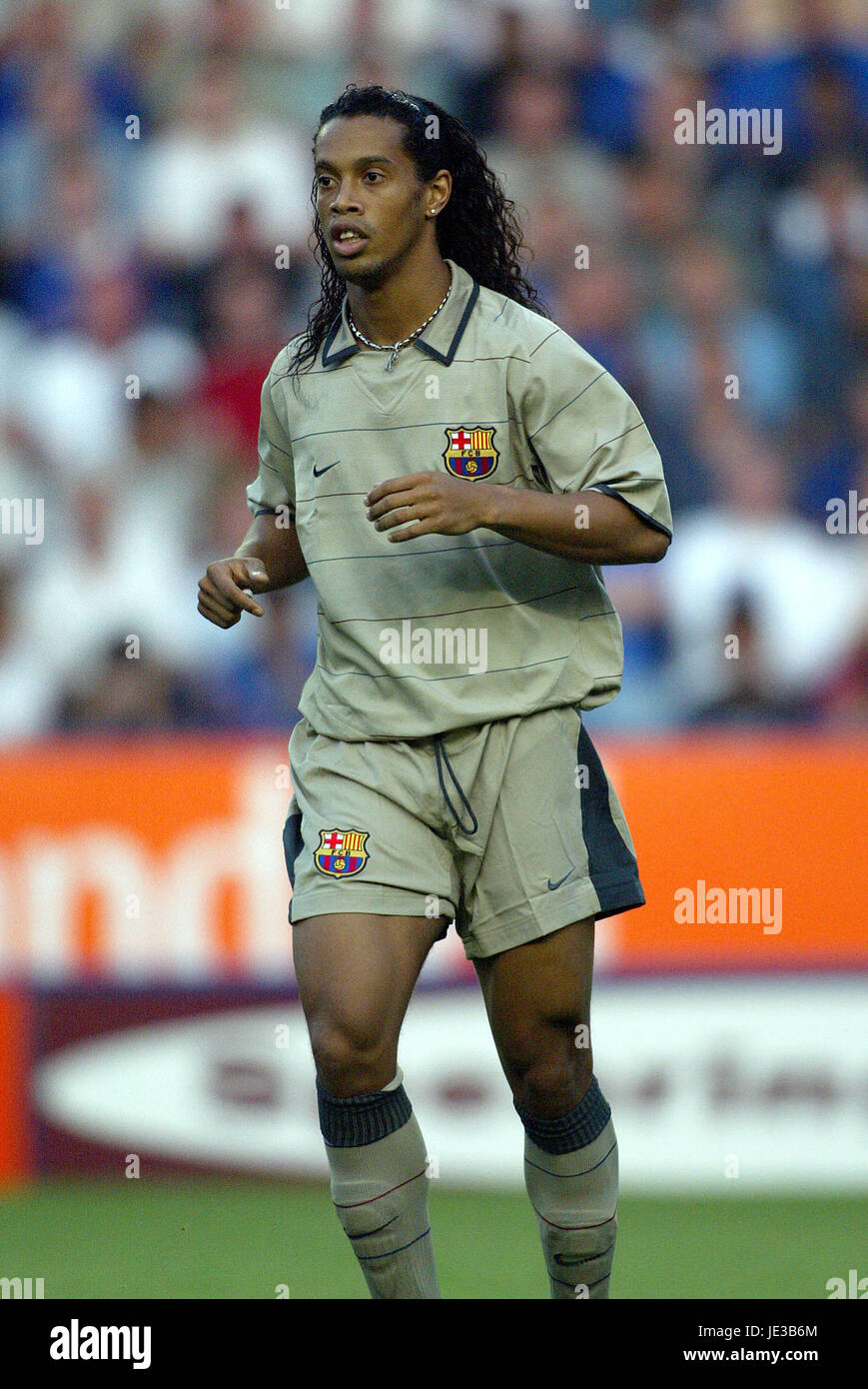 Ronaldinho Fc Barcelona Walkers Stadium Leicester England 08 August Stock Photo Alamy