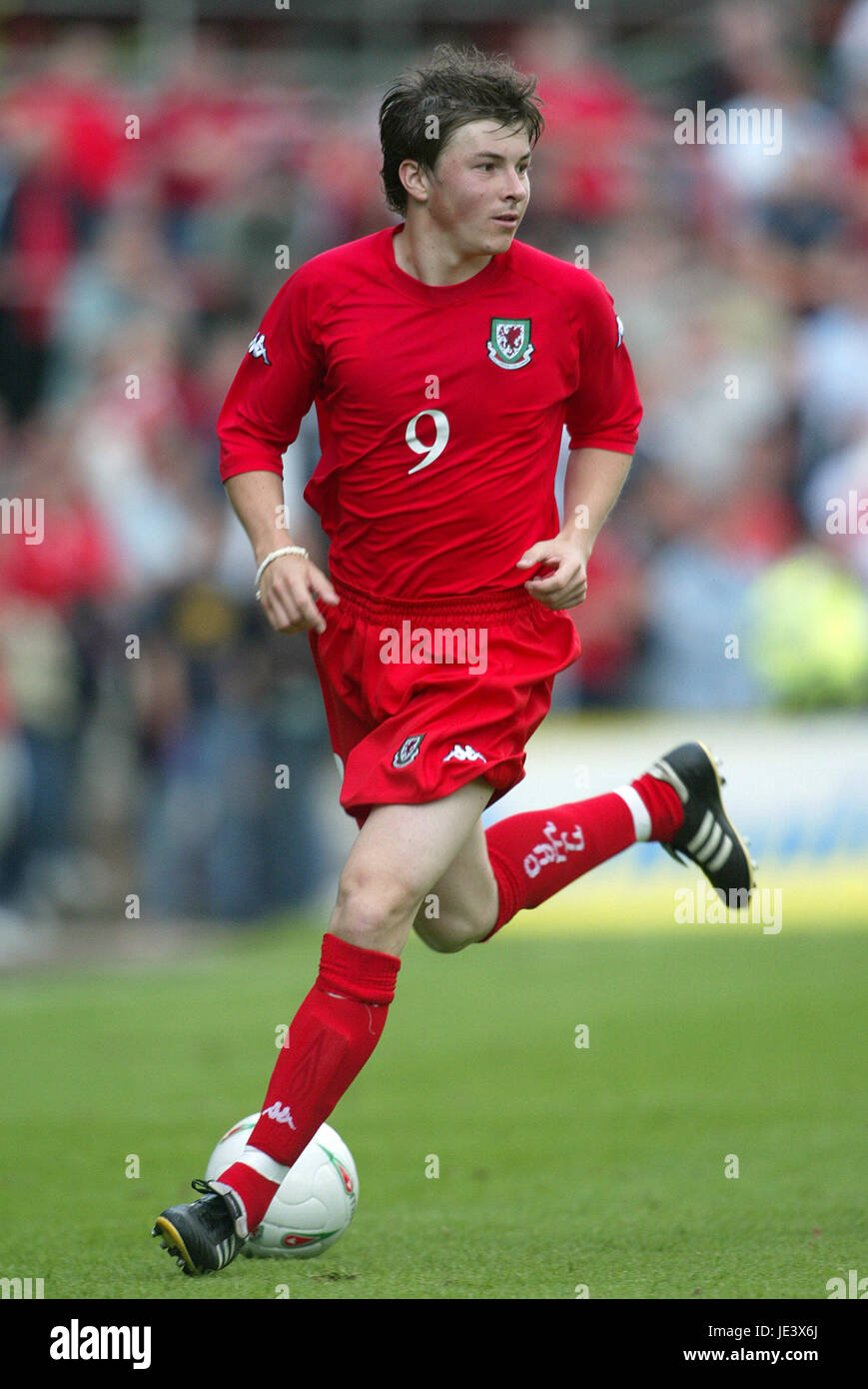 JOHN OSTER WALES & SUNDERLAND FC RACECOURSE FROUND WREXHAM WALES 30 May 2004 - Stock Image