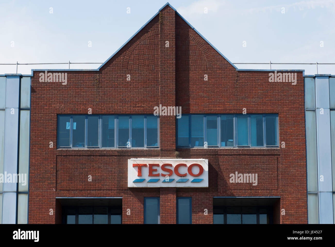 Tesco call centre on Maes-Y-Coed Road in Cardiff, Wales, UK. The site will close with the loss of 1000 jobs. - Stock Image