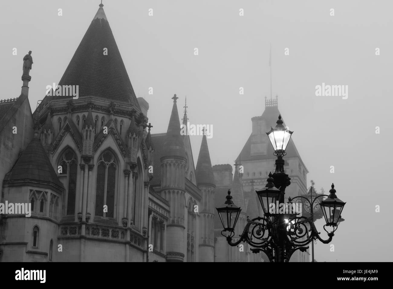 Royal Courts of Justice (Law Courts), The Stand, London, UK - Stock Image