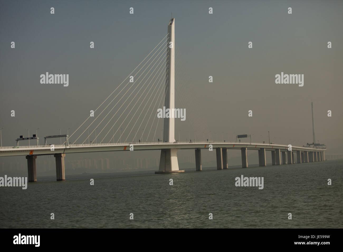 Shenzhen bay bridge, connecting Hong Kong SAR with mainland China, city of Shenzhen, Guangdong province, People's - Stock Image