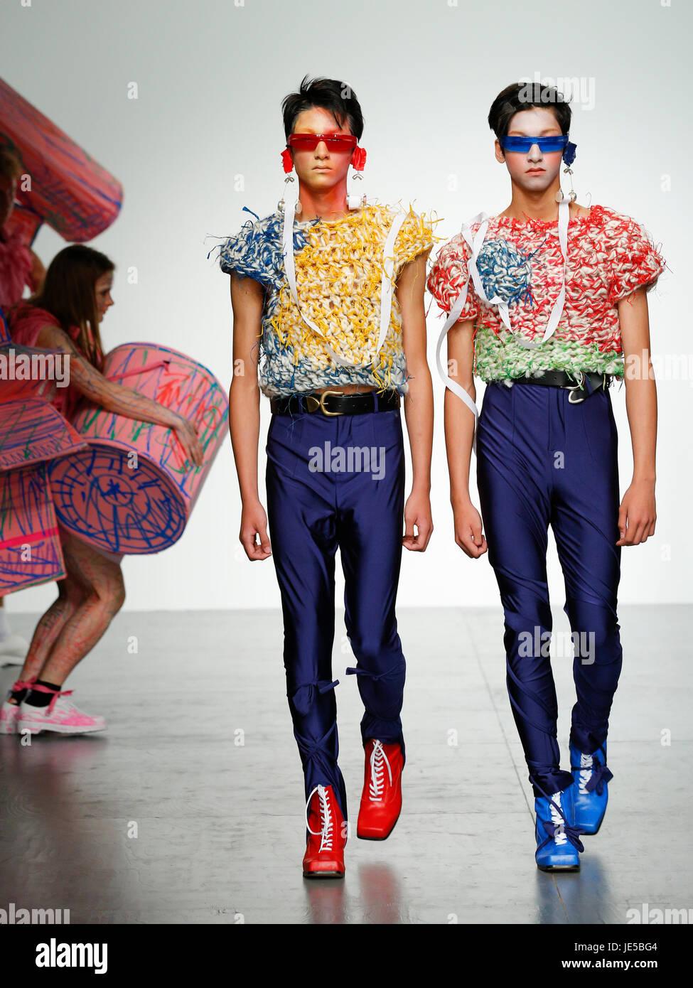 British Designer Charles Jeffrey Loverboy Catwalk At London Fashion Stock Photo Alamy