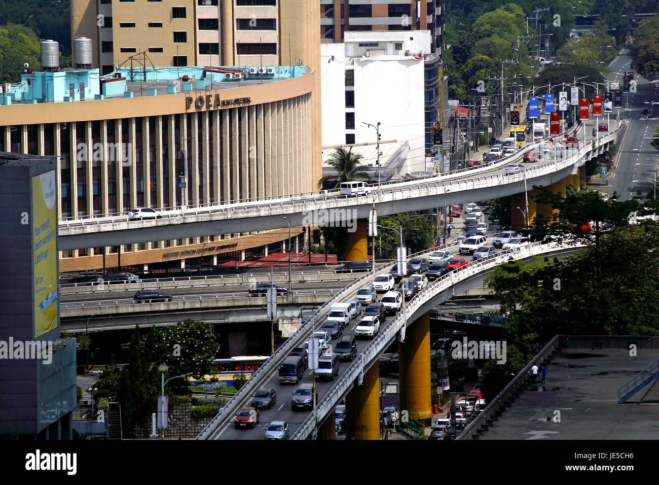 QUEZON CITY, PHILIPPINES - JUNE 15, 2017: Flyovers at the intersection of Ortigas Avenue and Epifanio Delos Santos - Stock Image