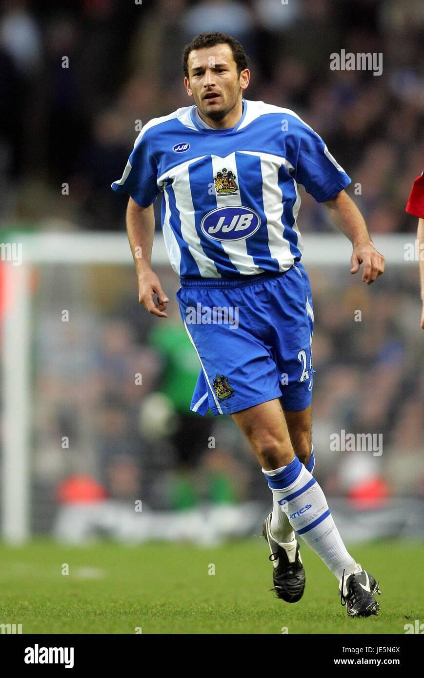 JOSIP SKOKO WIGAN ATHLETIC FC ANFIELD LIVERPOOL ENGLAND 03 December 2005 Stock Photo