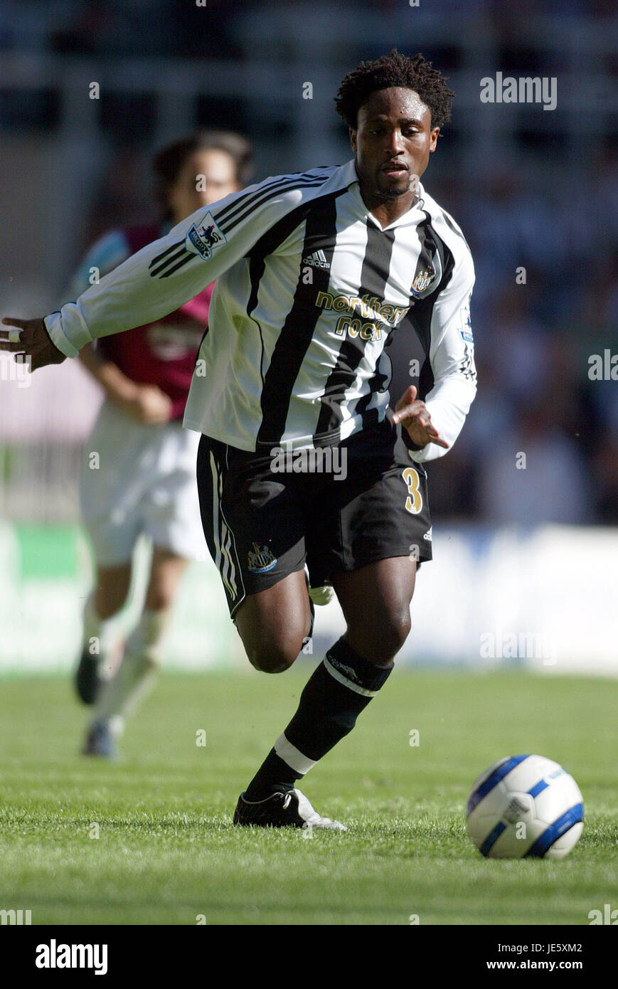 CELESTINE BABAYARO NEWCASTLE UNITED FC ST JAMES PARK NEWCASTLE ENGLAND 20 August 2005 - Stock Image