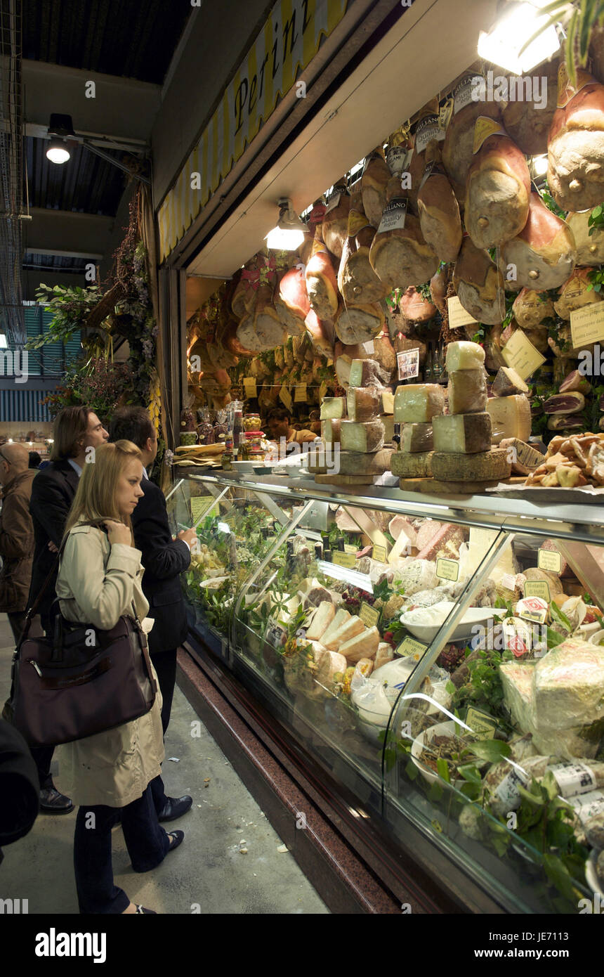 Italy, Tuscany, Florence, Mercato central, central market with tourists, - Stock Image