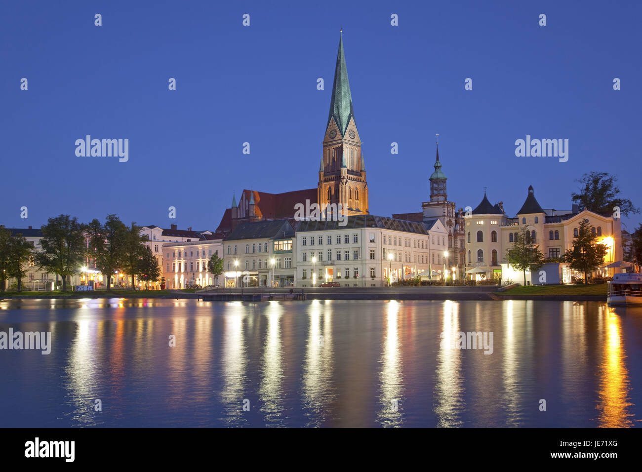 Germany, North Germany, Mecklenburg-West Pomerania, Mecklenburg, Mecklenburg lowland plain full of lakes, Schwerin, - Stock Image