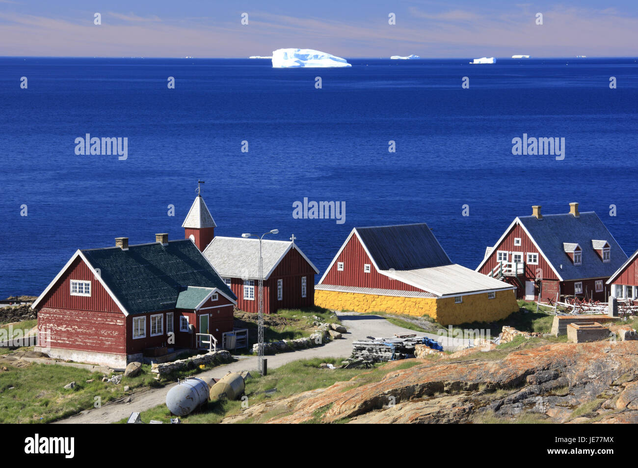 Greenland, Upernavik, residential houses, view, sea, icebergs, North-Western Greenland, coast, town, water, the - Stock Image