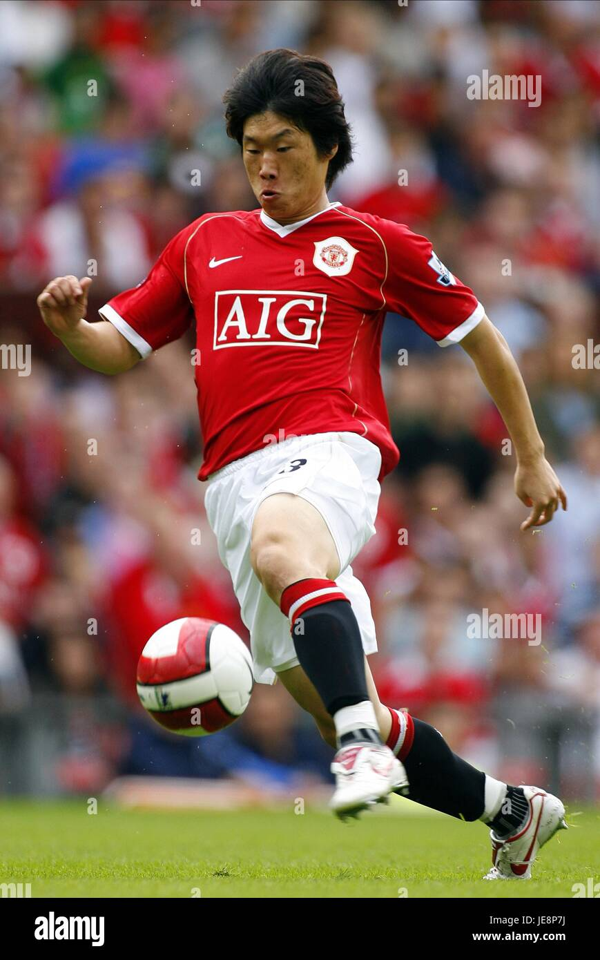 501a5646c JI-SUNG PARK MANCHESTER UNITED FC OLD TRAFFORD MANCHESTER ENGLAND 12 August  2006
