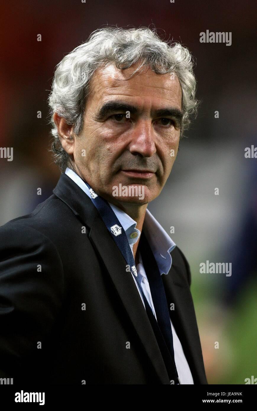 Raymond Domenech France Football Coach Parc Des Princes Paris France Stock Photo Alamy