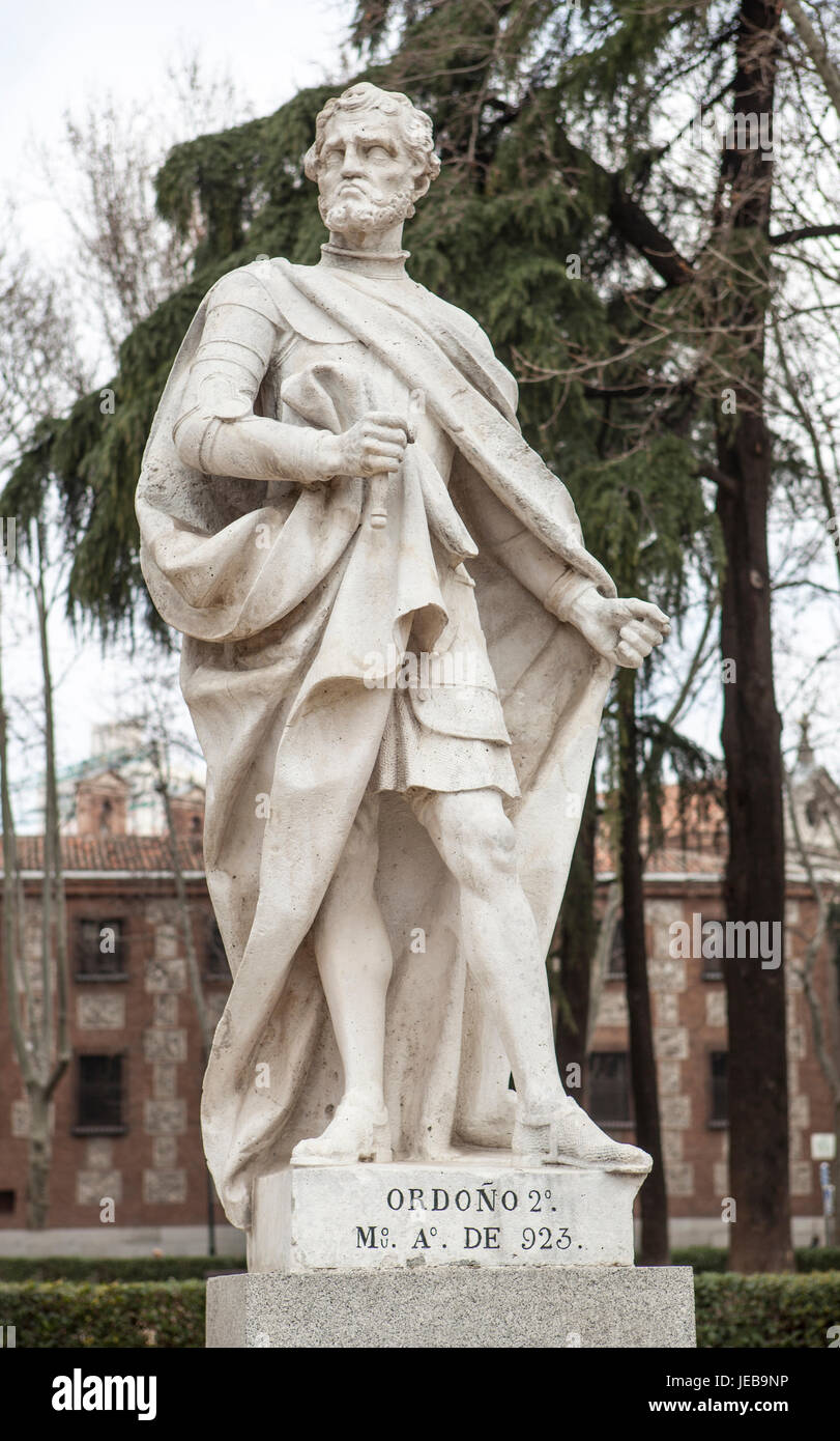 Madrid, Spain - february 26, 2017: Sculpture of Ordono II King at Plaza de Oriente, Madrid. He was was king of Galicia - Stock Image