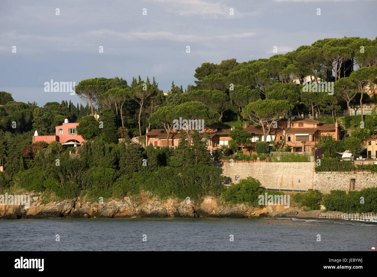 Italy, Tuscany, La Maremma, Monte Argentario, houses by the sea, - Stock Image