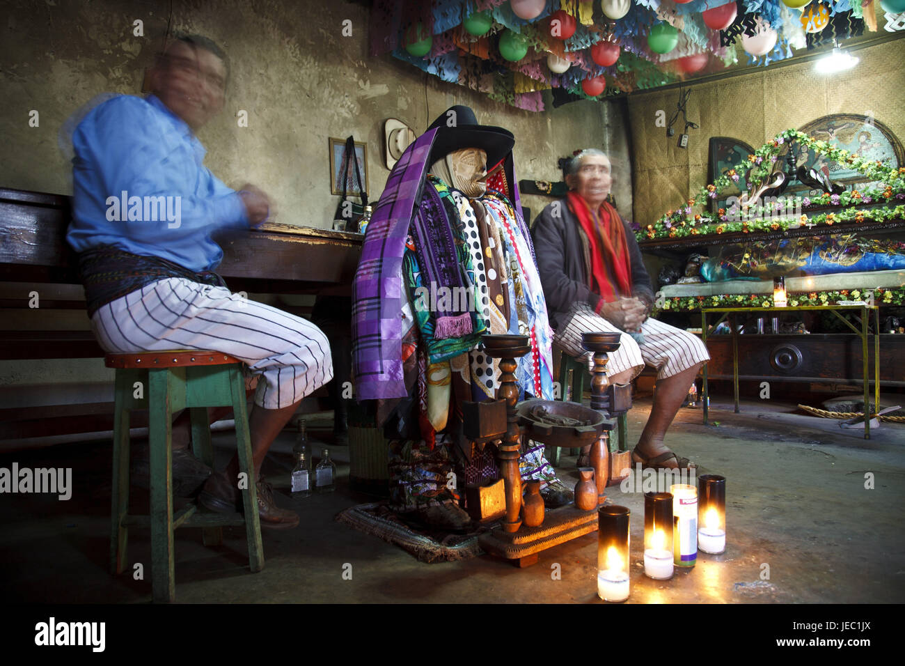 Guatemala, Atitlan lake, Maximon, men, Maya, no model release, no property release, - Stock Image
