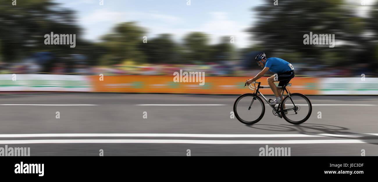 Racing cyclist, bicycle races, panorama, - Stock Image
