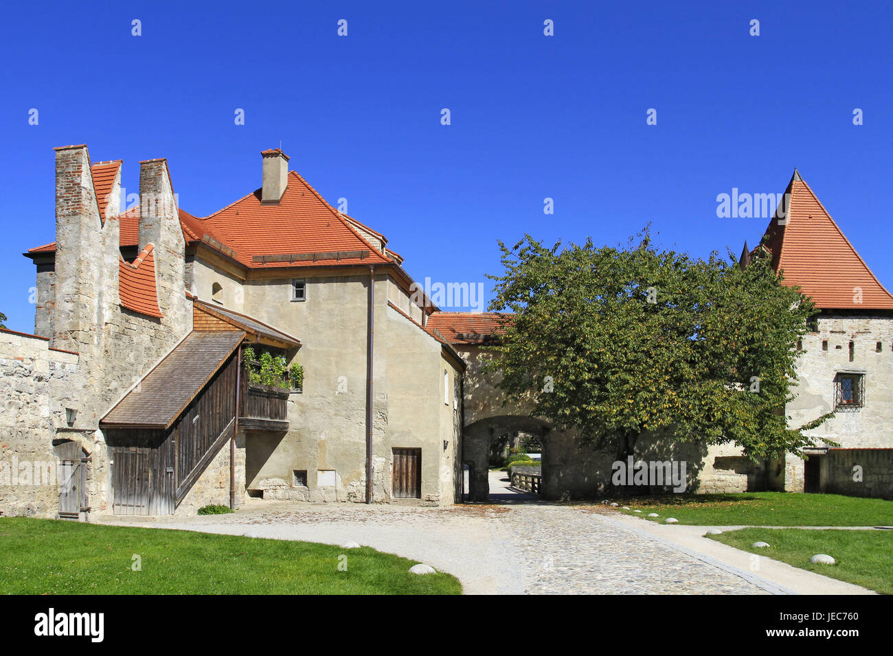 Germany, Bavaria, Burghausen, castle, outside, place of interest, nobody, castle court, Europe, Upper Bavaria, summer, Stock Photo