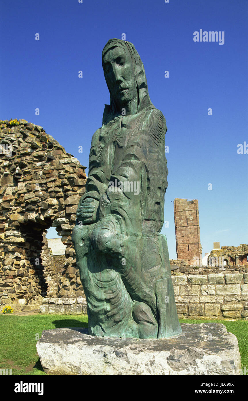 Great Britain, England, Northumbria, Holy Iceland, Lindisfarne Priory, sculpture 'Cuthbert of ferns', no - Stock Image