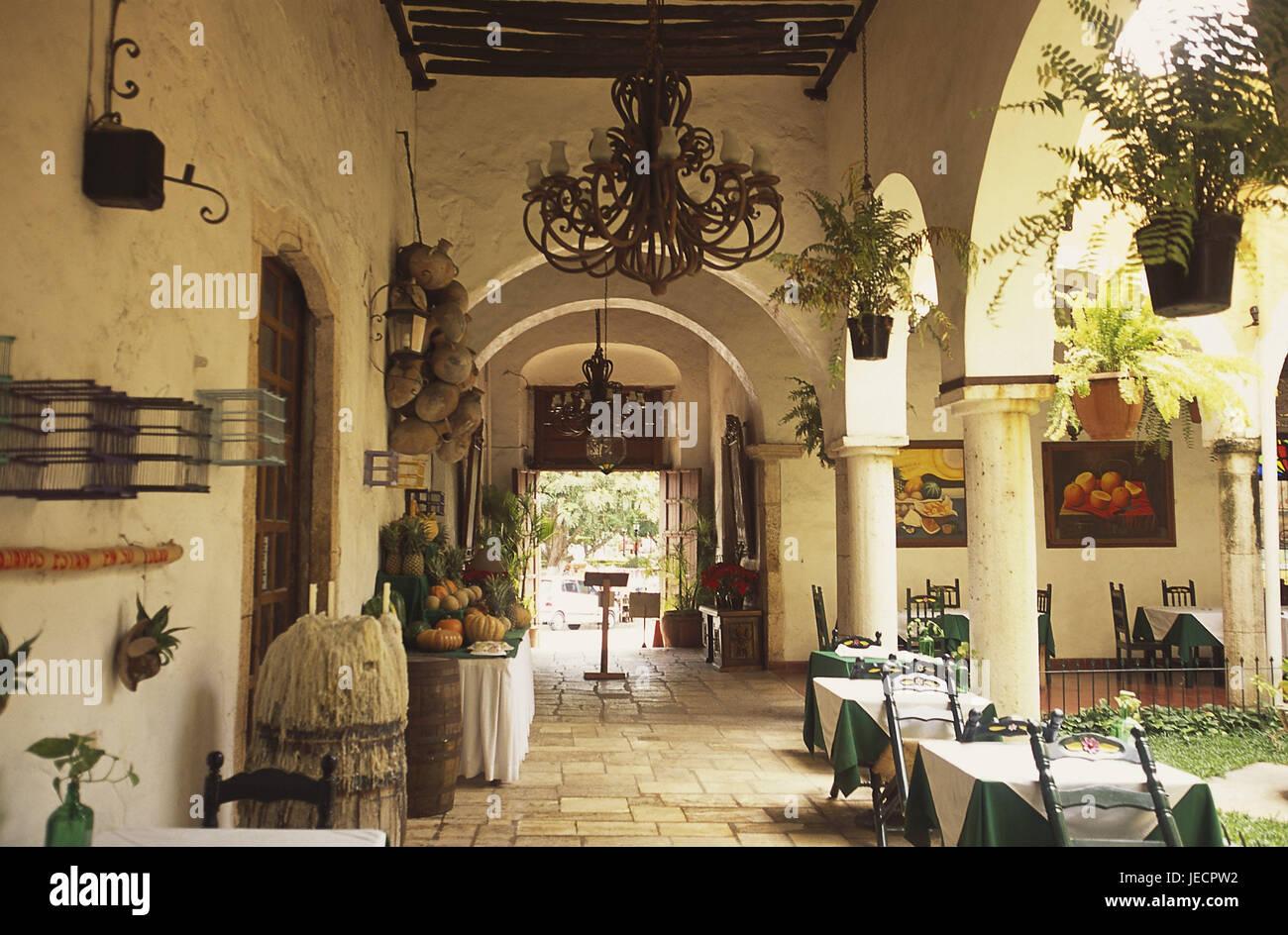 Mexico, peninsula Yucatan, Valladolid, hotel Maria de la Luz Stock ...
