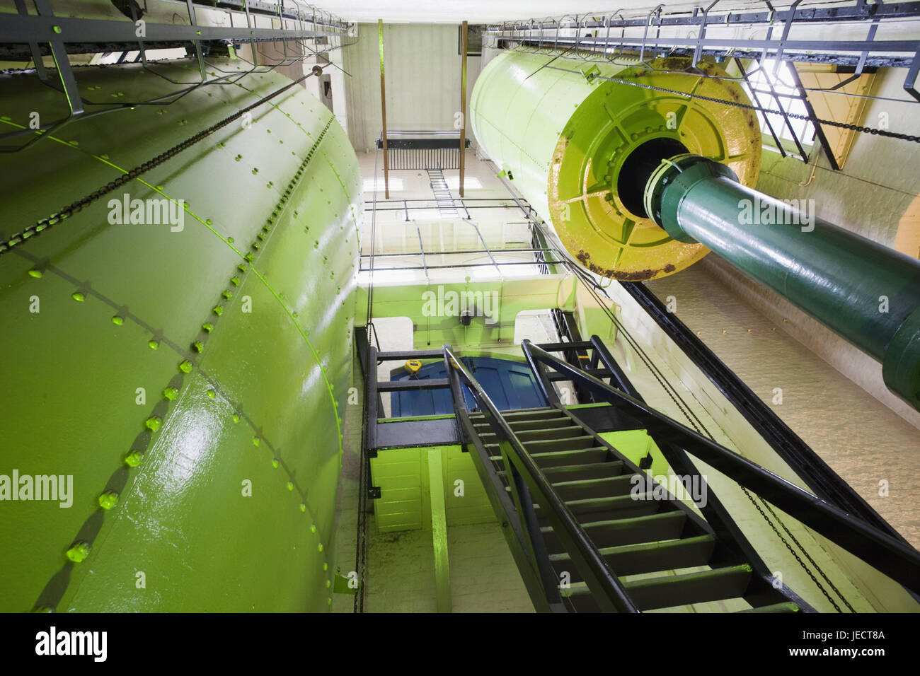 England, London, Tower Bridge, engine room, battery for storage of the hydraulic capacity, architecture, machine, - Stock Image