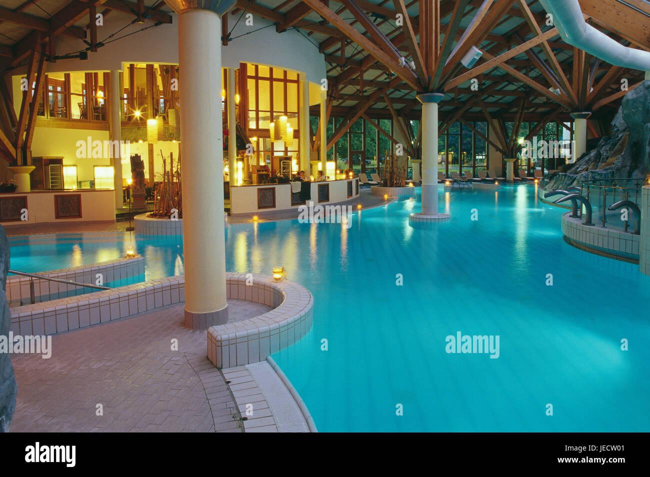 Germany, North Rhine-Westphalia, bath Oeynhausen, health resort park, Bali-Therme, interior cymbal, dusk, Teutoburger - Stock Image