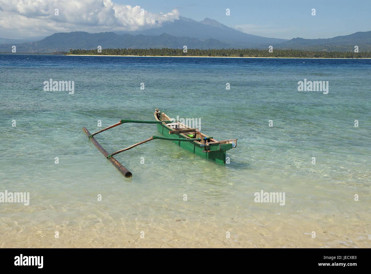 Asia, Indonesia, interpreter boot on the beach, - Stock Image