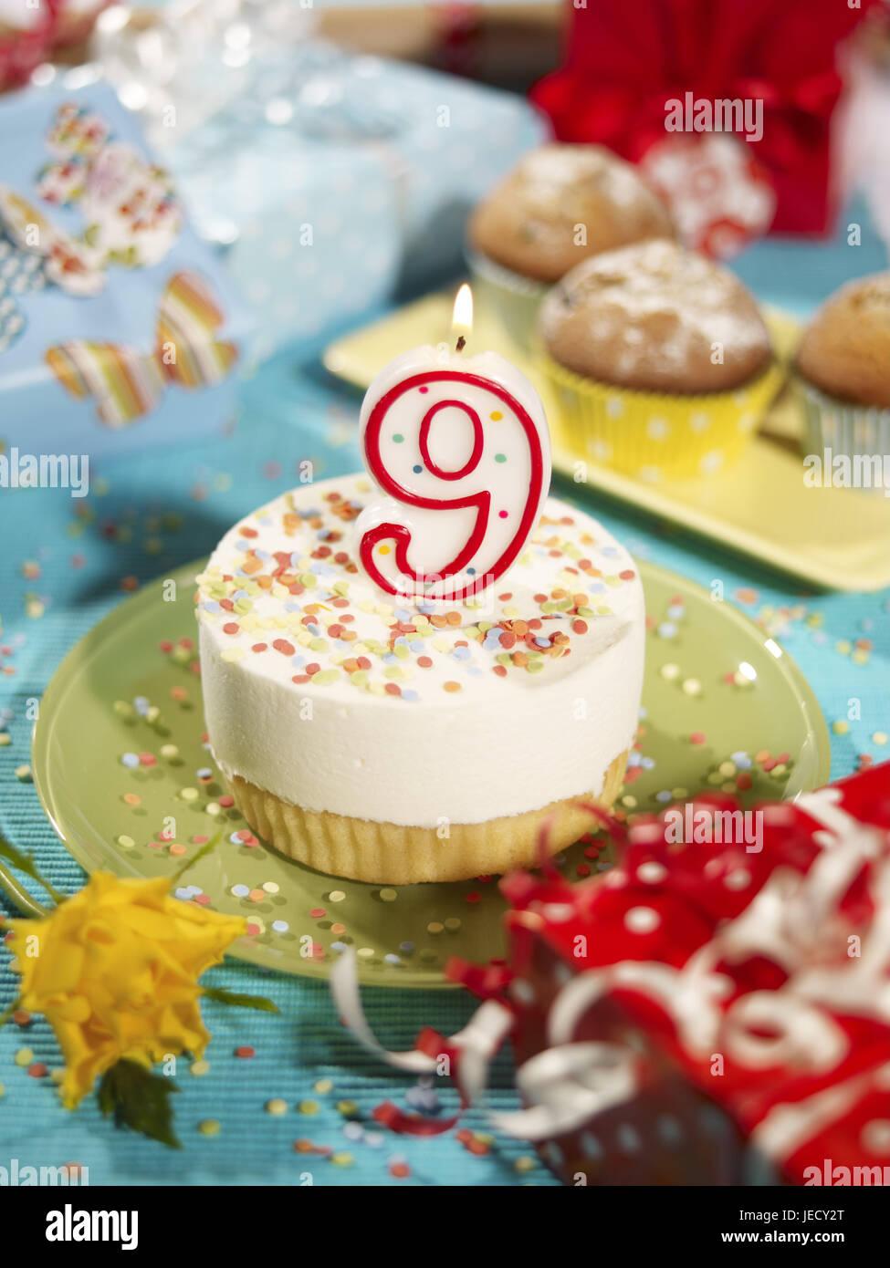 Birthday Tartlets Skyer Number 9 Of Muffin Presents Confetti Cakes Tortelett Jubilee Celebrate Surprise