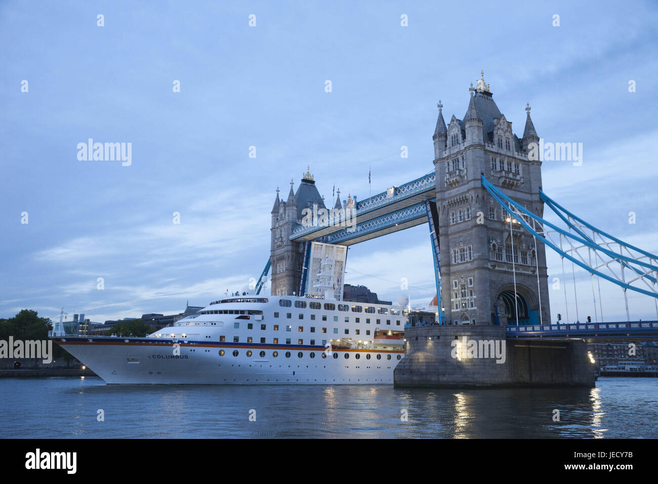 England, London, Tower Bridge, opened, the Thames, dusk, cross driving ship, town, architecture, structure, landmark, Stock Photo