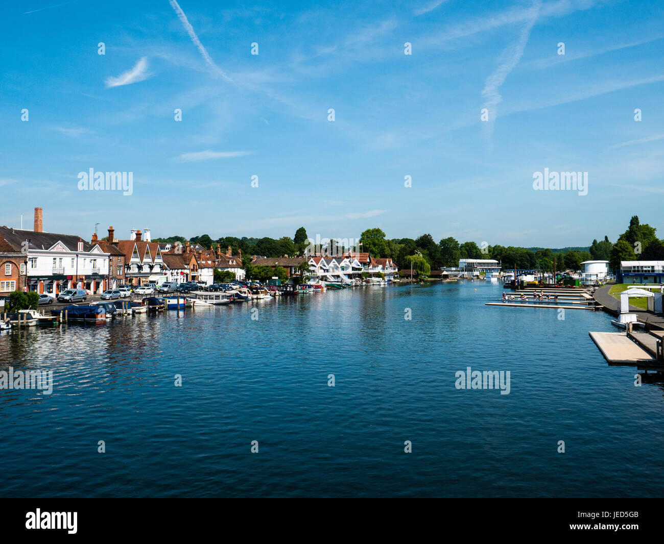 View of River Thames from Henley Bridge, Henley-on-Thames, Oxfordshire, England - Stock Image