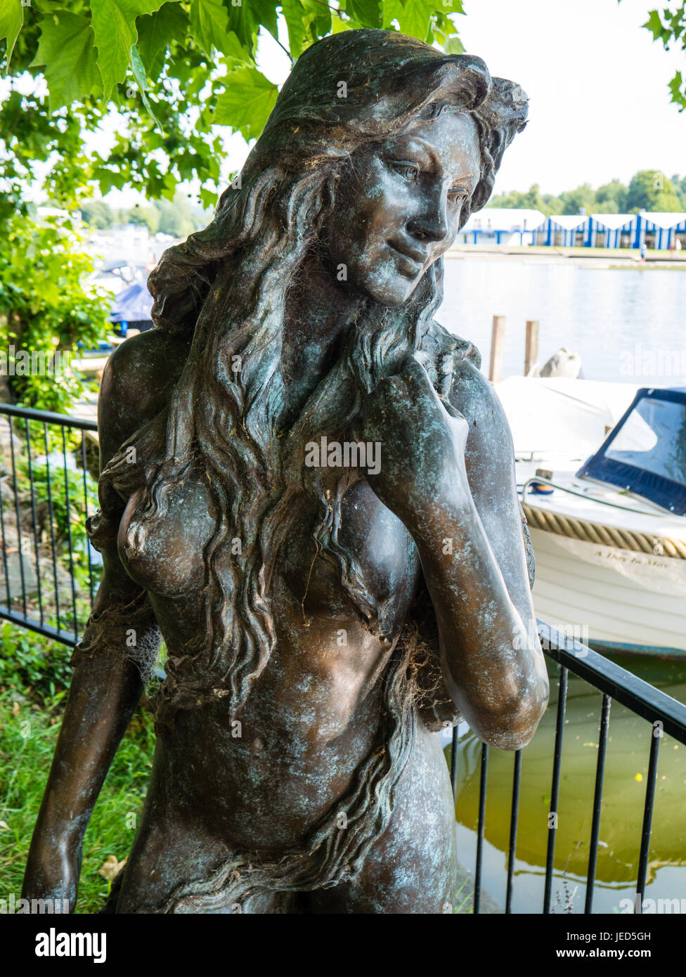 Mermaid Statue, Henley-on-Thames, Oxfordshire, England - Stock Image