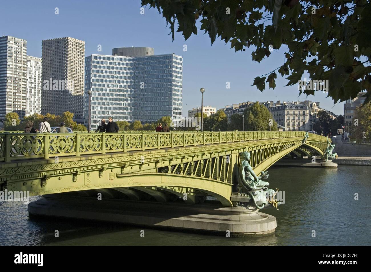 France, Paris, flux his, 'dock of Andre Citroen', Pont Mirabeau, pedestrian, - Stock Image