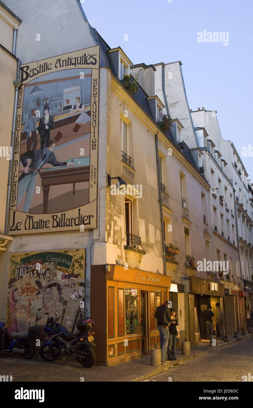 France, Paris, Rue de Laplander, tourist, lighting, no model release, - Stock Image