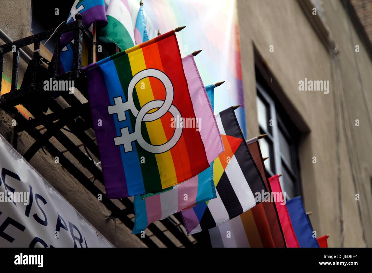 New York, USA. 23rd June, 2017. Flags adorn The Stonewall Inn in New York City's Greenwich Village where the - Stock Image