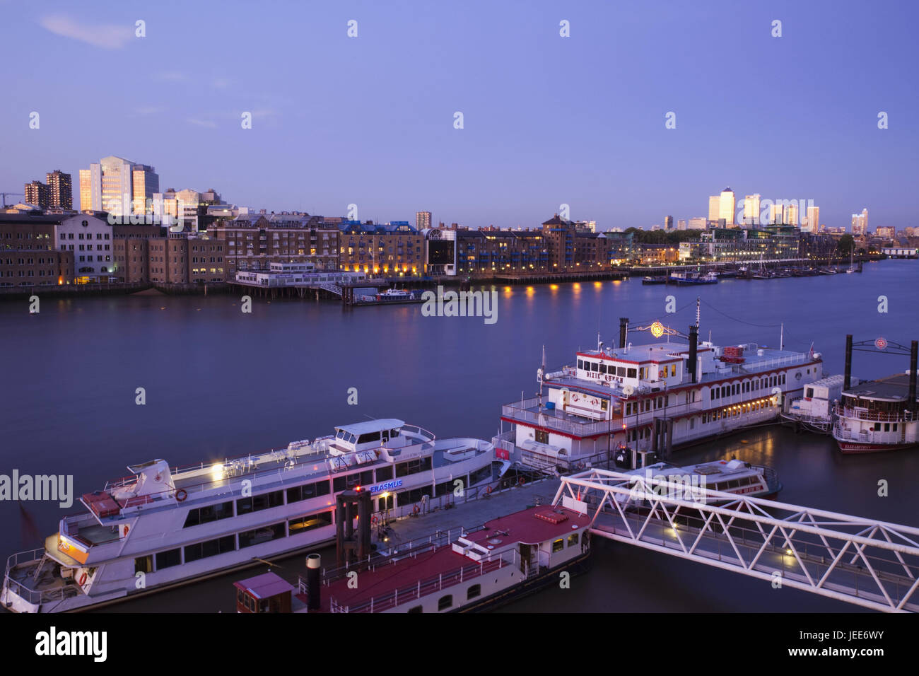 England, London, of dock country, dock country skyline, the Thames, dusk, town, architecture, building, skyline, - Stock Image