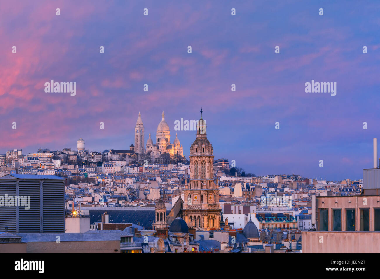 Sacre-Coeur Basilica at sunset in Paris, France Stock Photo