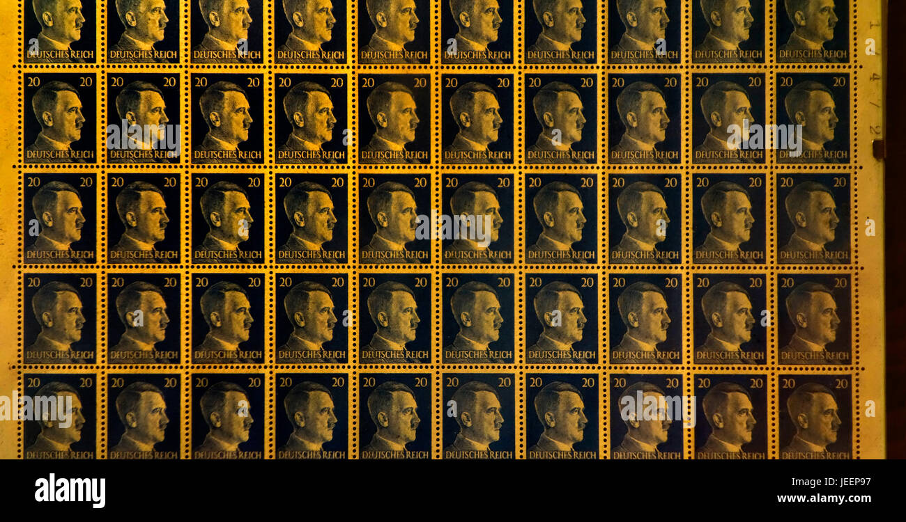 Booklet pane with 20 pfennig stamps of the German Empire 1941/1942 showing profile of Adolph Hitler and Deutsches - Stock Image