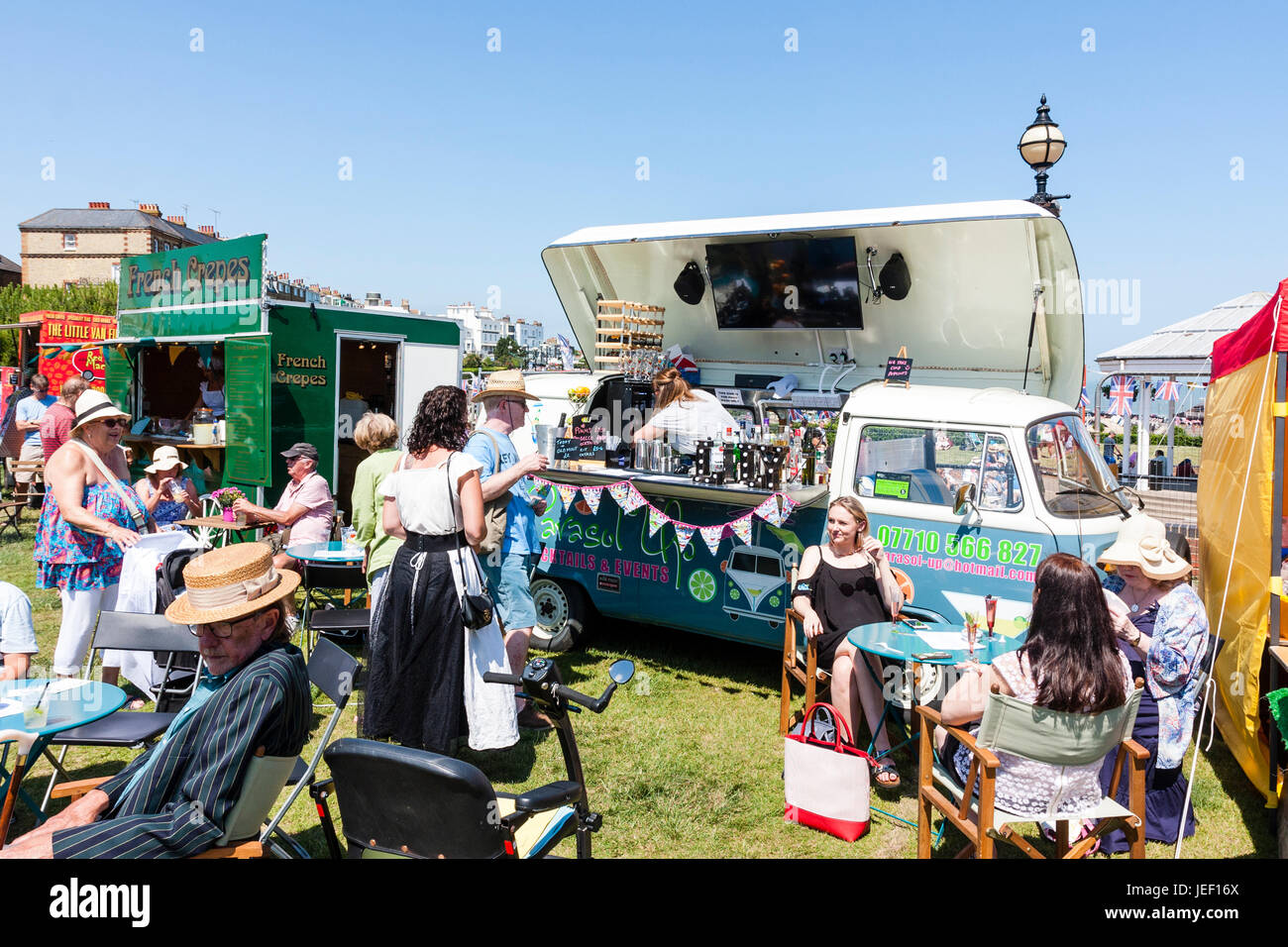 Bar On Wheels High Resolution Stock Photography And Images Alamy