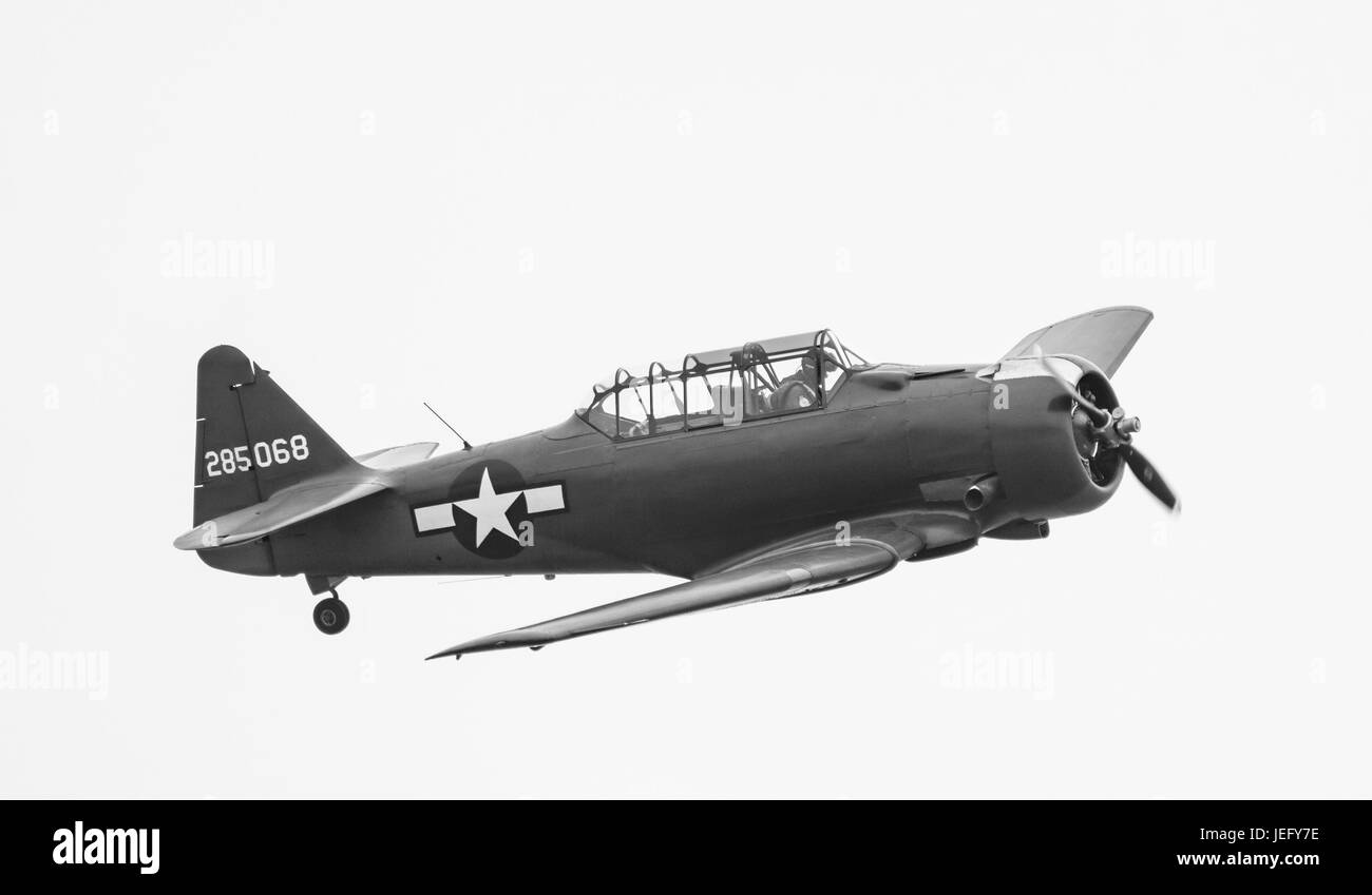 North American Aviation T-6 Texan advanced training single propeller military aircraft. Black and White image. - Stock Image