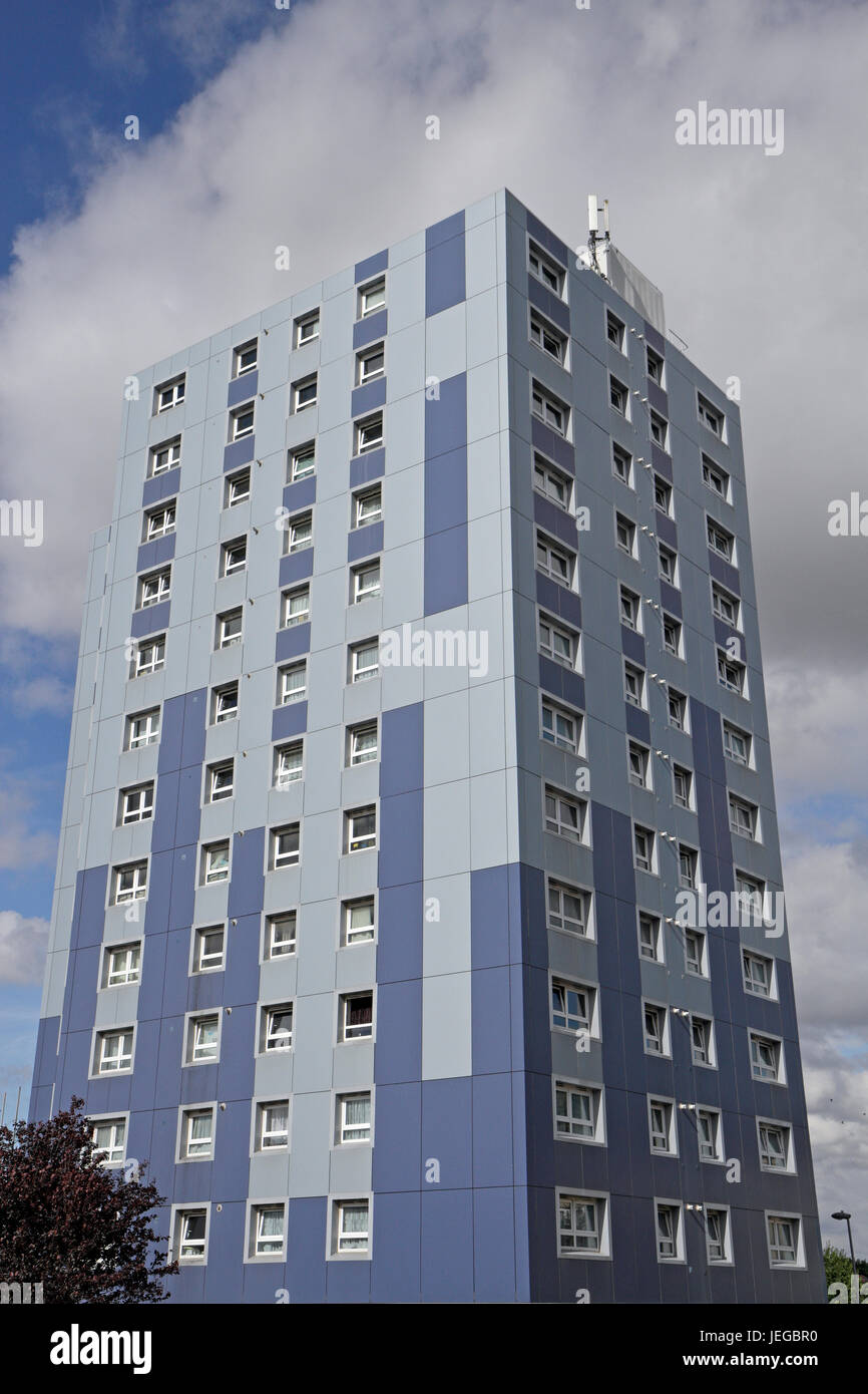 Clements Court in Cranford,Hounslow, one of many tower blocks with cladding that failed fire safety tests following - Stock Image
