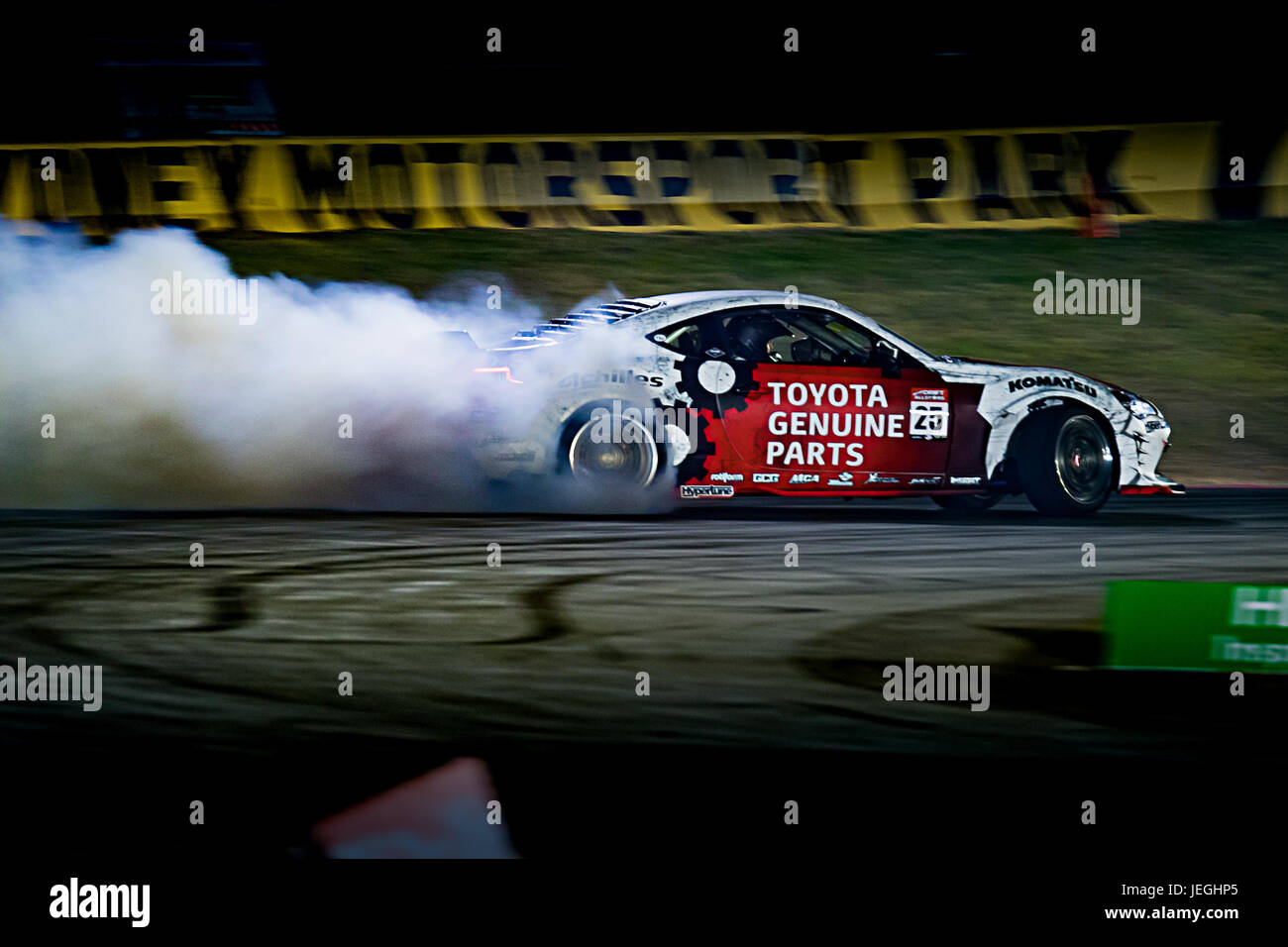 Sydney Motorsport Park, Australia. 24th June 2017.  Faulty clutch saw Beau Yates move from his Toyata 86 into a - Stock Image