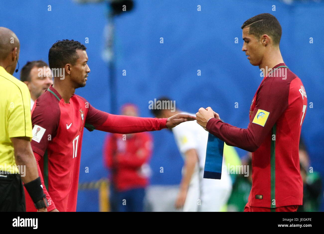 ST PETERSBURG, RUSSIA - JUNE 24, 2017: Portugal's Nani (2nd L) substitutes Cristiano Ronaldo in their 2017 FIFA - Stock Image
