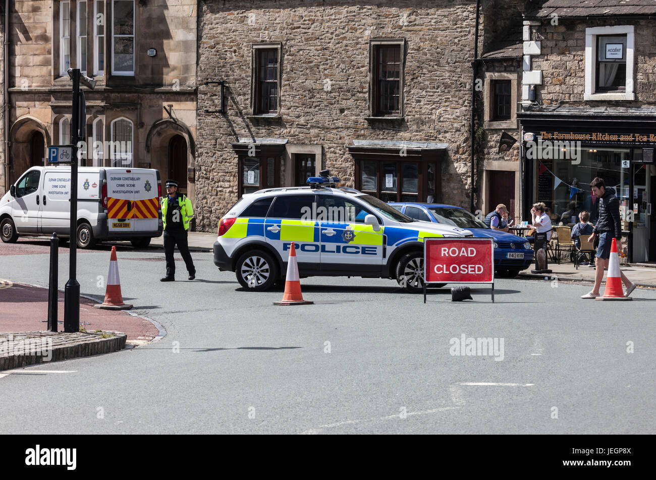 Barnard Castle, Teesdale, County Durham UK. Sunday 25th June 2017. Police sealed of Barnard Castle Town Centre this - Stock Image