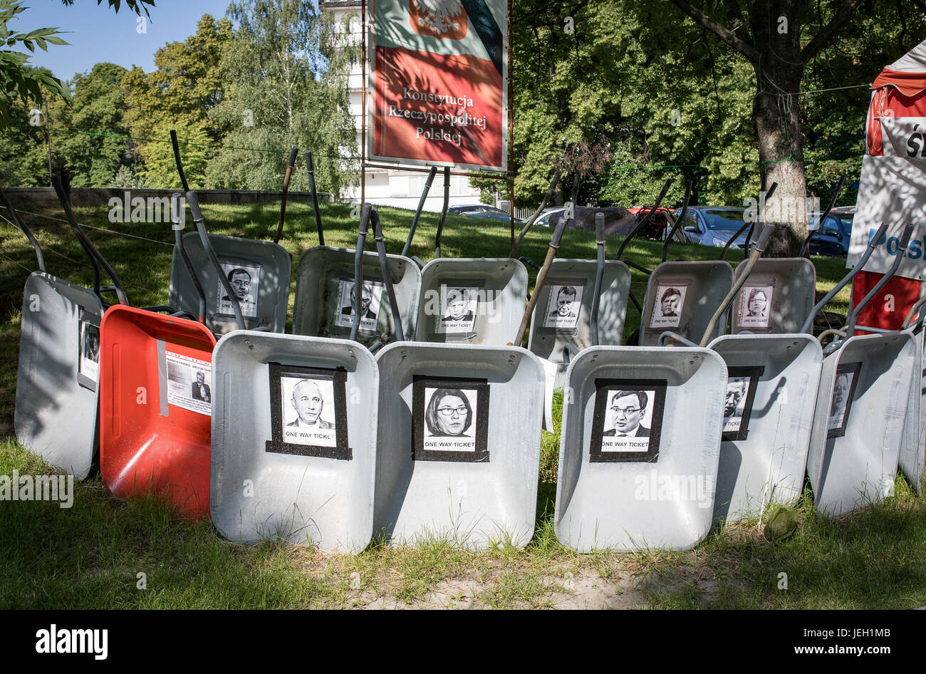 Protest against the authoritarian government in Poland, Warsaw, Wiejska street, close to Parliament building, wheelbarrows - Stock Image