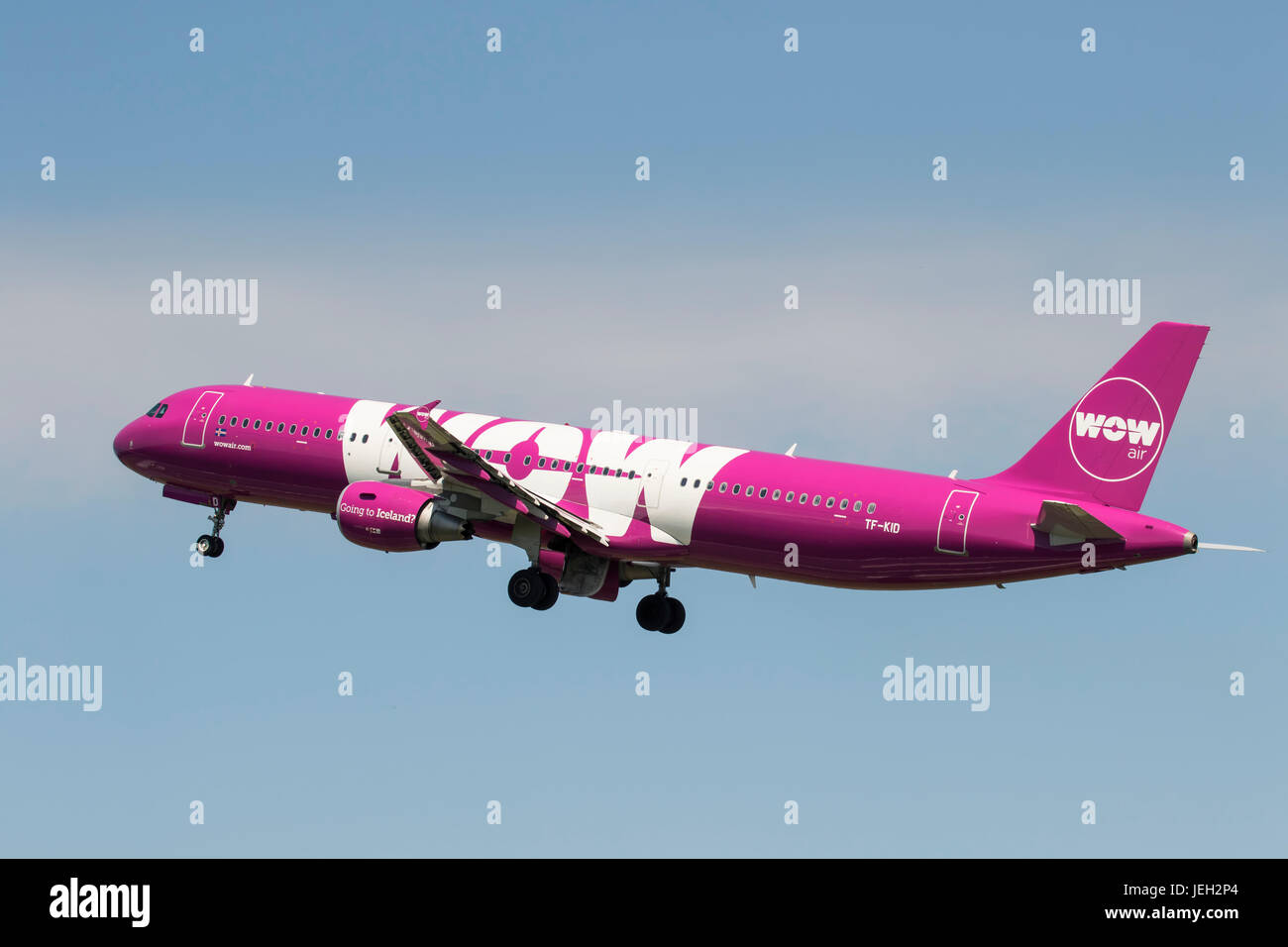 TF-KID Airbus A320 of WOW Air at Bristol Airport 18/06/2017operating  a service to Keflavik, Iceland. - Stock Image