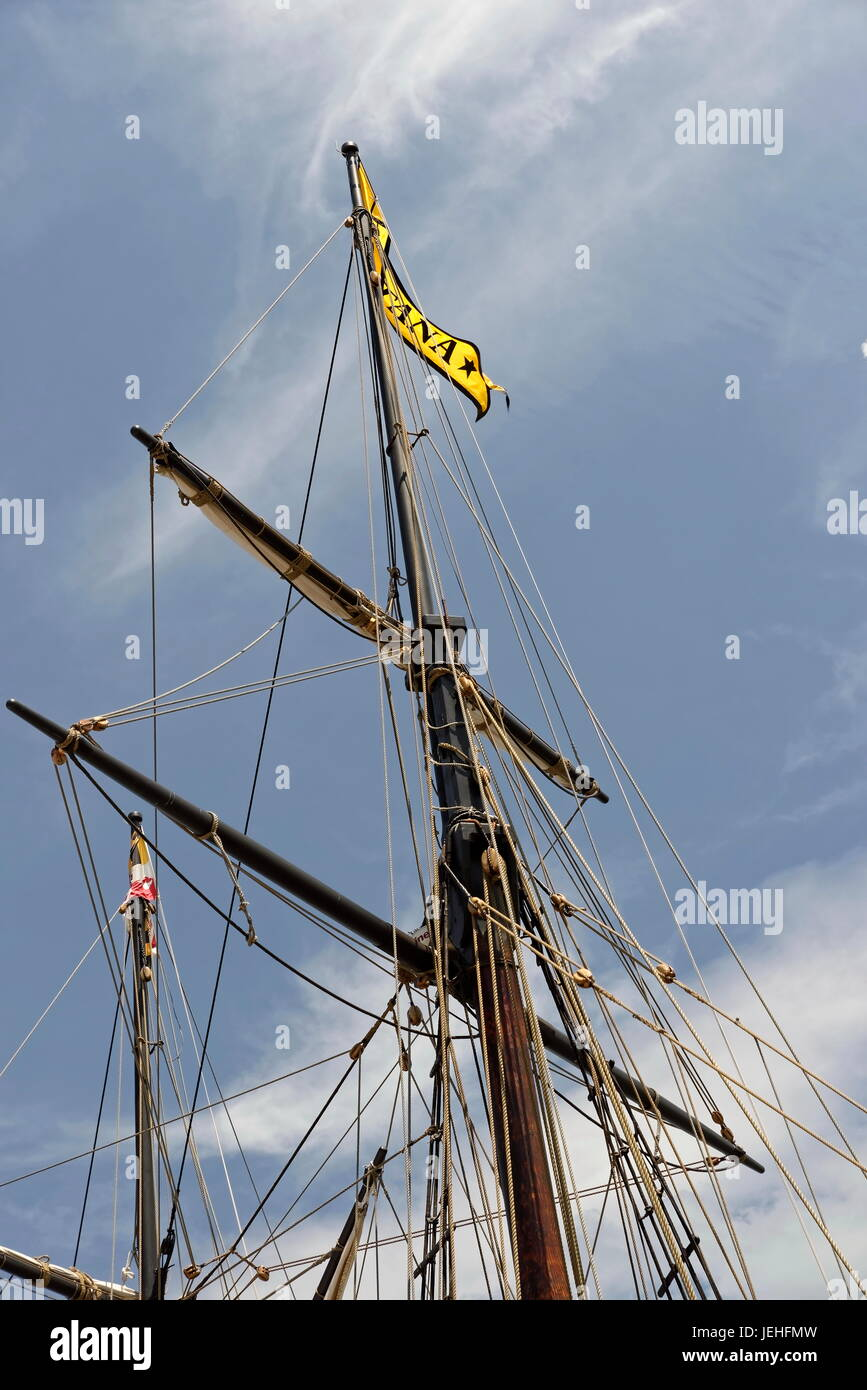 Replica Tall Ship Stock Photos & Replica Tall Ship Stock Images - Alamy