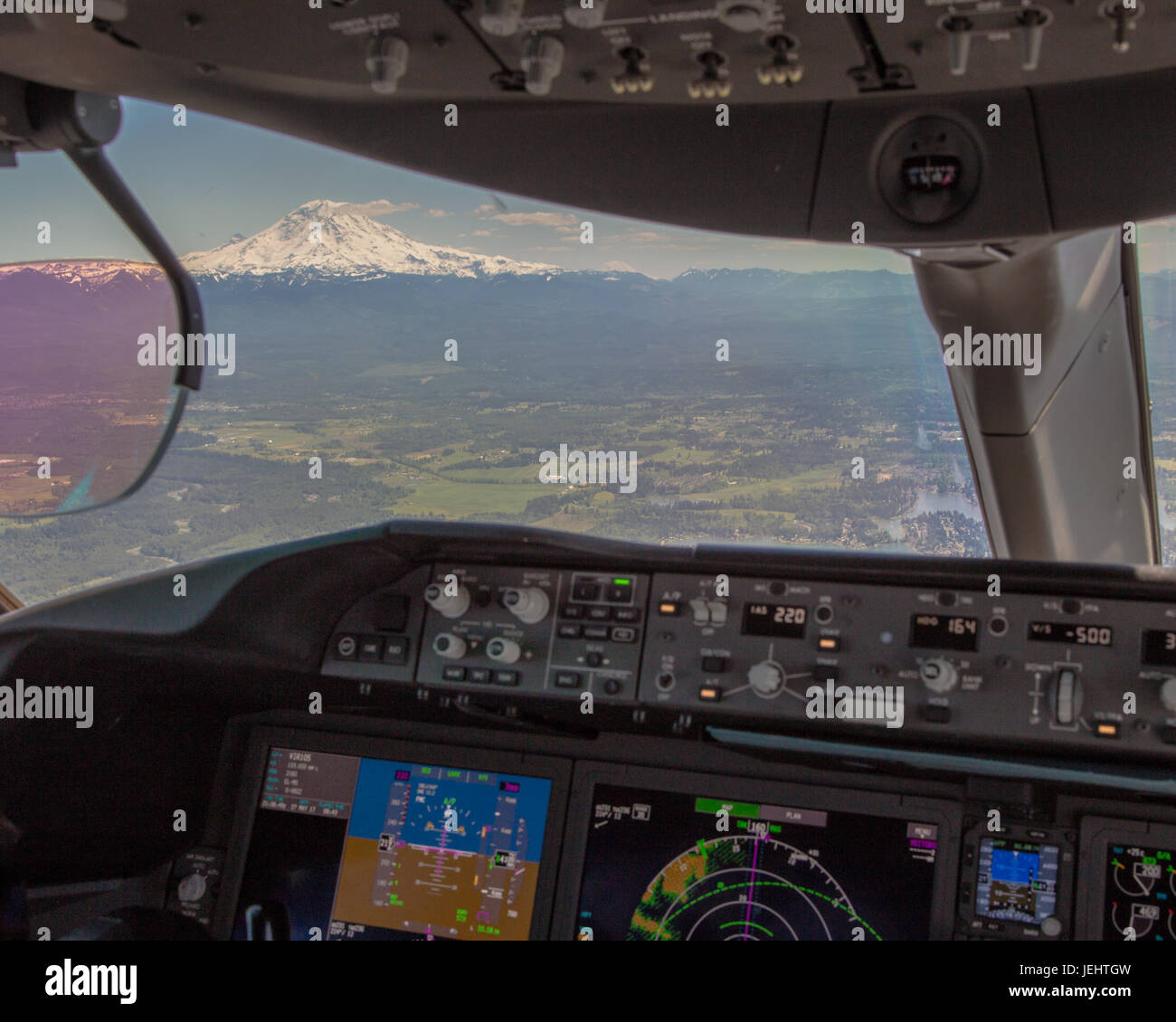 Mt Rainier viewed from the flight deck of a Boeing 787