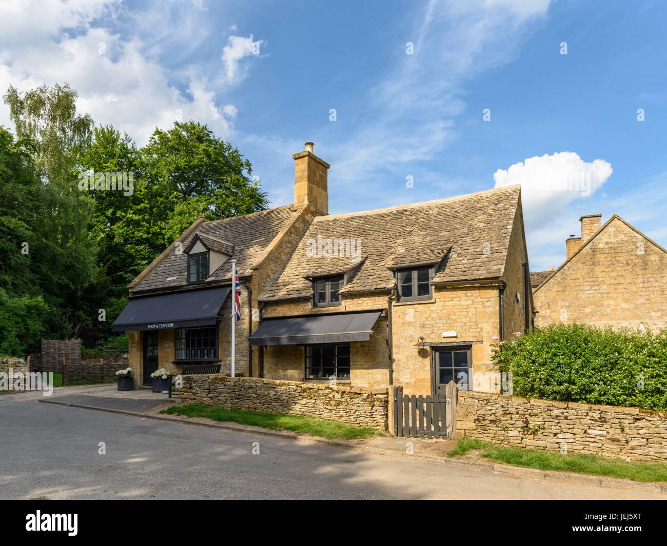 Shop & Tearoom, Temple Guiting, Cotswolds, UK - Stock Image